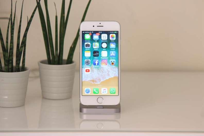 iPhone Lightning Dock - 2