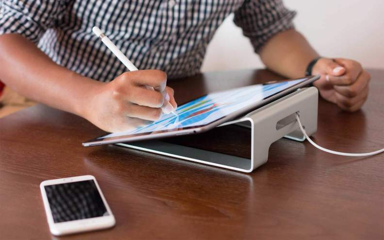 Twelve South ParcSlope iPad Pro