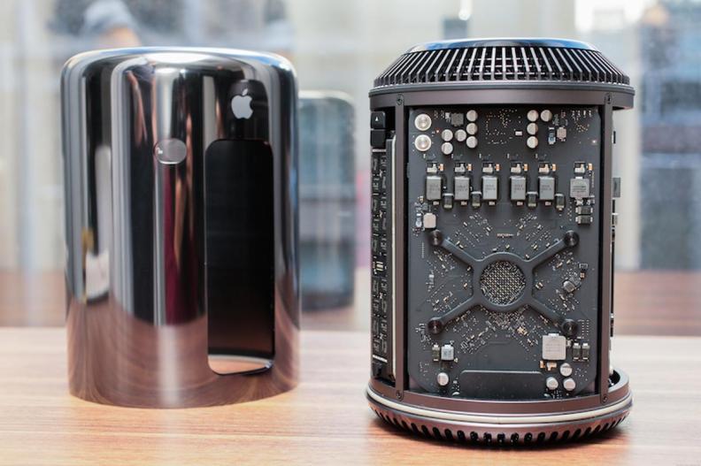 Mac Pro 2013 open